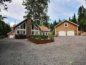 322 000$ - Maison à un étage et demi à St-Ferréol-les-Neiges Québec City Québec image 1