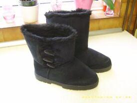 Ladies Boots Black size 7