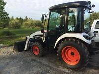 BOBCAT TRACTOR ONLY 155HRS