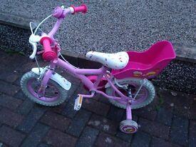 Girls bike with stabilisisers