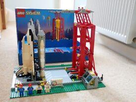Lego 6339 Space Shuttle Launch Pad Set