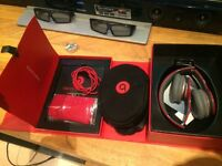 Beats by dr dre . Solo hd gloss red mint condition used twice