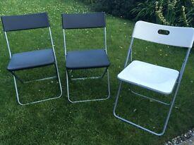 Folding chairs x3