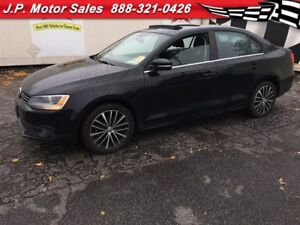 2013 Volkswagen Jetta Highline, Auto, Navi,  Leather, Sunroof, D