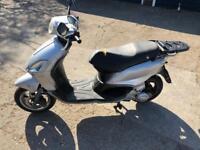 Piaggio fly 125cc moped scooter vespa honda piaggio yamaha gilera peugeot