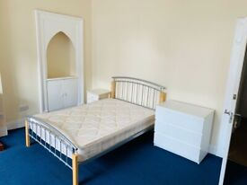 Spacious double room in a great location (Kelvinbridge)