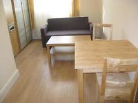 £230 / w - Studio flat on Sinclair Road close to Kensington Olympia