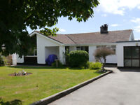 Immaculate three bedroom bungalow Kitchen/diner, lounge, bathroom, conservatory, gardens