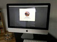 "Mint condition desktop Apple iMac 21.5"", 2.5Ghz, 4GB memory w/ Apple wireless Magic Mouse + keyboard"