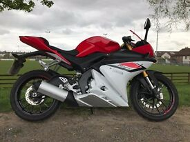 2015 YAMAHA YZF125R RACE REP ONLY 1225 MILES £4600 NEW MUST BE SEEN FINANCE ETC £2850