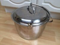 Extra large encapsulated base saucepan. Designed for preserving pan or stock pot.