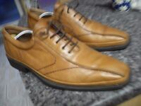 MENS LIGHT TAN SPANISH SHOES AS NEW SIZE 45 CAN DELIVER / POST