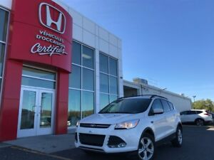 2014 Ford Escape SE AWD + Toit panoramique!