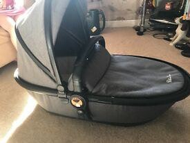 Silver cross surf limited edition grey carry cot