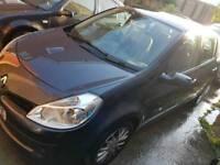 Renault clio 1.2 dynamique 5 door