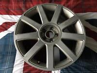 Audi TT 9 Spoke 18 inch alloys (small crack)