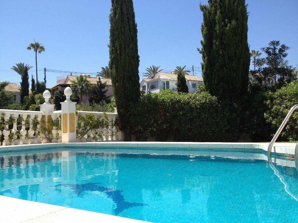 f126d25289248b Amazing 2 Bed VILLA APARTMENT with PRIVATE POOL near BEACH Fuengirola  Marbella COSTA DEL SOL SPAIN