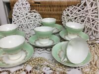 REDUCED Beautiful Vintage Aynsley fine bone China 22k cup+Saucers