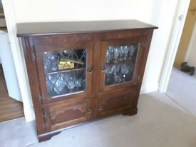 Antique reproduction glass fronted cabinet, 4 doors (2 glass fronted)