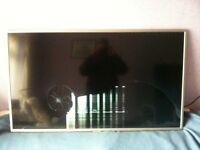 "Bauhn 55"" LED TV (B55-63FHDF) - Spares or repair! (damaged screen)"