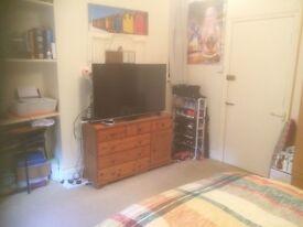 Studio Flat in South Croydon