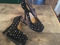 ADULT LADIES SIZE 7 UK SPIKY PUBLICITE HEELS SHOES