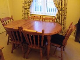 Cottage style exstending dinning table & chairs