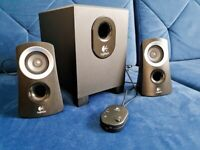 LOGITECH Z313 2.1 PC Multimedia Speaker System with Subwoofer , Speakers