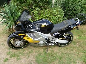 Honda CBR600 in excellent condition 1999 21678 miles Service History