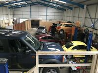 Shared Mechancial Garage with Ramps to Let