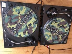 Technics SL1200 mk2 decks