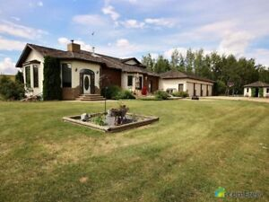 $890,000 - 1 1/2 Storey for sale in Sturgeon County