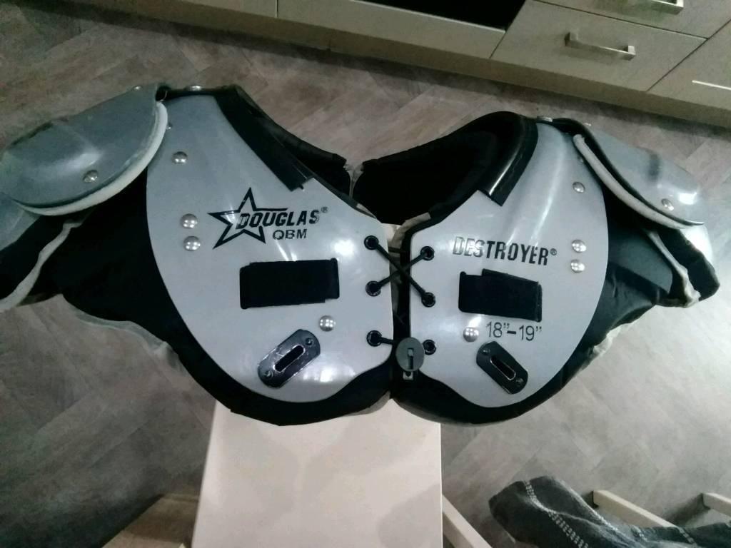 American Football Helmet And Shoulder Pads In Staffordshire Gumtree