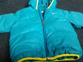 Lovely little boys nike coat 12-18 months