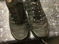 Nike TNS trainer black size 7 never used