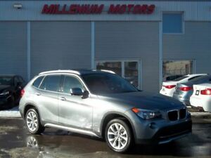 2012 BMW X1 xDrive28i AWD / NAVI / LEATHER/ SUNROOF/ MUST SEE