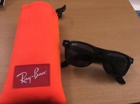 Ray-Ban Junior Wayfarer Sunglasses