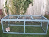 Large rabbit/chicken/guinea pig run