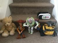 Woody, Buzzlightyear, Walle(Disney) VR headset& Teddy bear