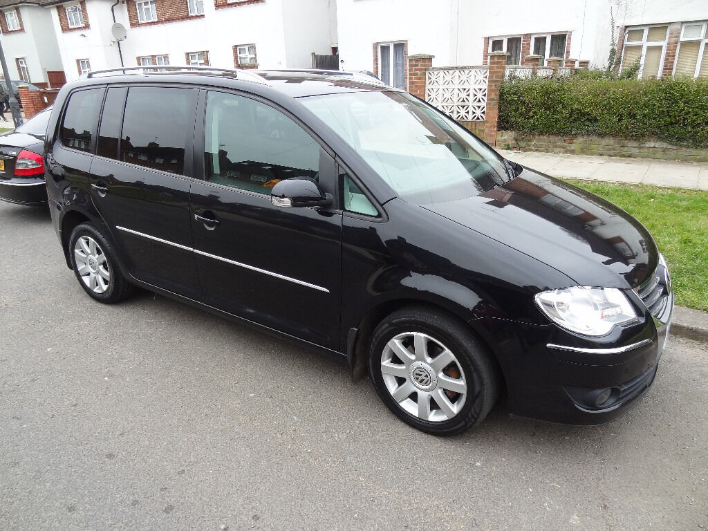 2009 volkswagen touran sport tdi dsg auto 7 seater mpv black like sharan tiguan in harrow. Black Bedroom Furniture Sets. Home Design Ideas