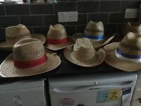7 straw hats 6 large and 1 small as new