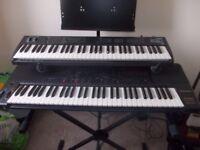 KORG X5D Synthesizer keyboard