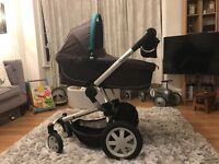 Lovely raccoon coloured (nut-brown & turquoise) Quinny Buzz 4 chassis, carry cot, stroller & carseat