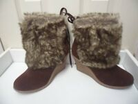 Womens Ladies Brown Faux Fur Mid Wedge Heel Shoes Ankle Boots Size 4,5,6,7,8 New