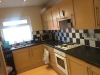 Bedrooms available, close to transport,, uni,city centre,hospital all amenaties, Victoria Park