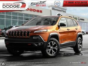 2015 Jeep Cherokee Trailhawk|GOLD PLAN EXT WARR| LOW KM| LEATHER