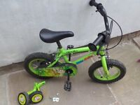 """APOLLO MARVIN THE MONKEY BOYS BIKE 12"""" WITH STABILISERS"""