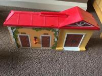 Playmobil stable take a long immaculate condition