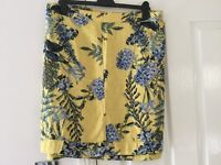 Ladies Next linen blend mustard yellow floral design skirt sIze 24 New with Label