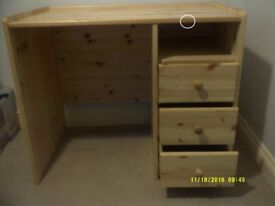 Chils solid wood desk